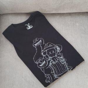 Men's Kaws shirt